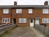 For Rent Well Presented 3 Bed House with Driveway in Biscot / Icknield Area - Available Now - No DSS