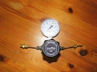 Air Products E11-241D Gas Regulator with 0-200 PSI Gauge (400 Max Input) - very good cond - £15
