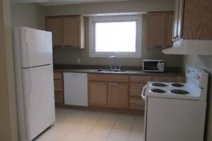 ALL INCLUSIVE, MODERN, AVAILABLE NEAR SLC & QUEEN'S W.CAMPUS