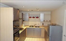 2-Bed House to Rent (E6)