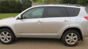 2012 Toyota RAV4 Limited V6 4x4