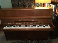 Yamaha P2 Upright Piano 114cm - made in Japan