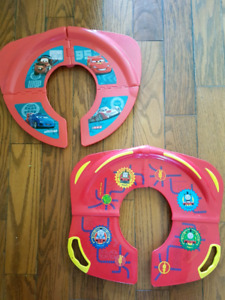 Travel fold up potty seats