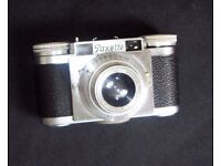 Vintage Braun Paxette compact 35mm camera + extras