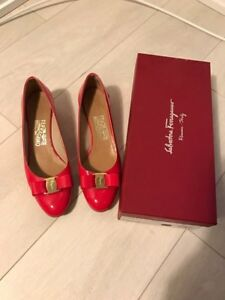 Salvatore Ferragamo Pumps - Vara in Red size: 8.5