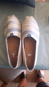 Size 8 slip on shoes