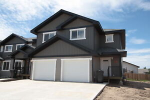 Wallace Cove Townhouse with Garage - Available Today!