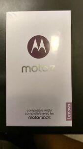 NEUF téléphone Motorola MOTO Z 32GB UNLOCKED Débloqué   Débloqué