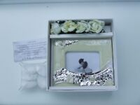"""17 X WEDDING FAVORS BY """"CLARALUNA"""" NEW BOXED WITH PHOTO FRAME, STONES, TABLE FLOWERS"""