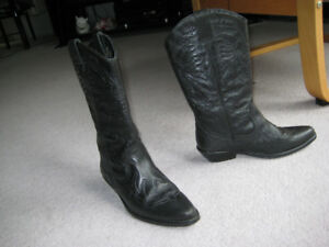 Black leather boots - made in Spain