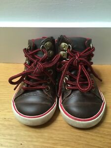 Gap toddler hi-top leather sneakers size 6T