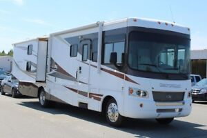 2011 Ford Super Duty F-53 Motorhome