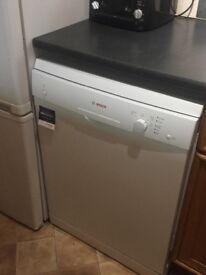 Bosch dishwasher. Full sized, free standing and fully functioning.