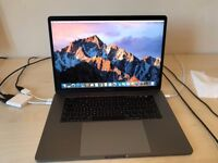 Apple MacBook Pro 15'' with touchbar