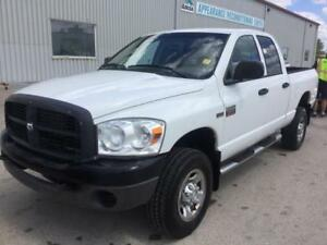 2009 Dodge Ram 2500 ST 4WD! Bed Liner! 6-Passenger! Clean Title!