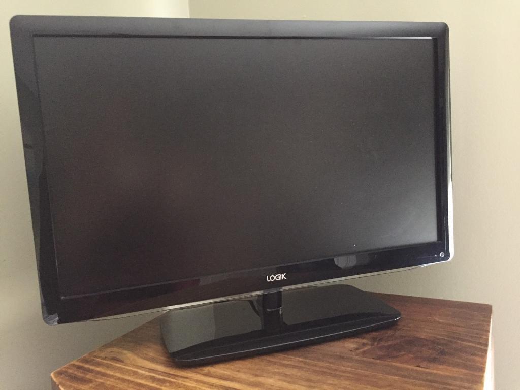 22 inch HD LED 1080p TV