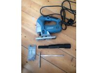 Erbauer Mains Jigsaw 710W with carry case, blades and guide - Used once