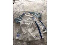 Football England home kit size 7to 8 perfect condition