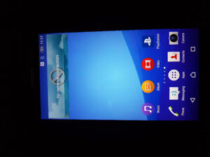 **NEW PRICE** Sony Xperia Z3, case, charger and earbuds