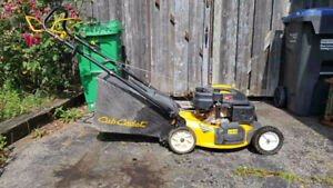 Cub Cadet Self-Propelled lawnmower