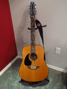 Left-hand Seagull 12-String Acoustic Guitar w/ Hard Case & Xtras