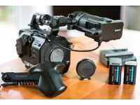 Sony PXW-FS7 4K Camera Bundle