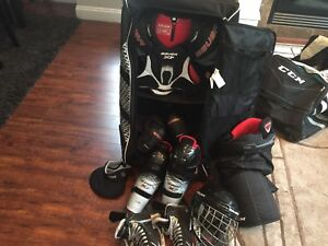 COMPLETE JUNIOR ICE HOCKEY EQUIPMENT
