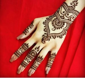 Simple Henna Designs For A Good Price!