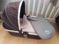 Icandy peach carrycot and covers (peach 3 also)