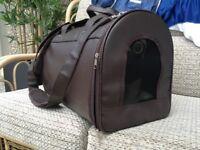 Good Sturdy Medium Size Cat/Dog Bag
