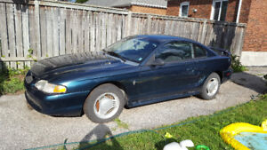 1995 Ford Mustang 1 Coupe (2 door)
