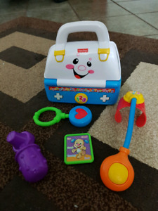 Fisher Price Laugh and Learn - Doctor's kit