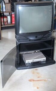 Color TV+ stand (WORKS GREAT)