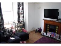 2 BED FLAT IN MANOR ROAD, SOUTH NORWOOD