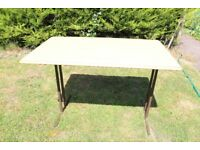 fold up caravan table,in good condition.