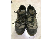 DeWalt steel capped work shoes size 9
