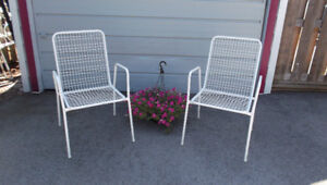 Pair Vintage Mid Century Stacking Sunroom Patio Lounge Chairs