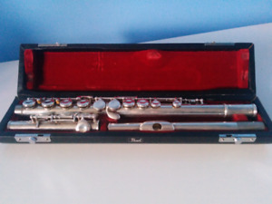 Pearl Student Flute