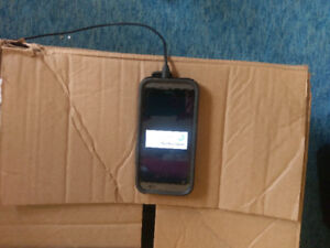 Selling HTC One M8 excellent condition