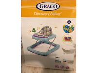Graco discovery walker for babies / toddlers