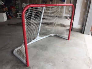 Outdoor Hockey Net - Full Size and Rugged