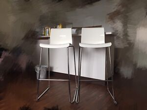 Two high chair sell together