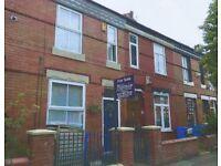 Furnished Room to Let $350 + bills, central Manchester