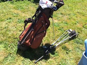 Golf clubs with bag- left