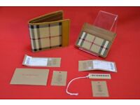 Burberry Horseferry Check International Bifold Wallet & Card Case £230
