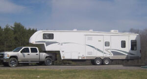 39 FOOT TITANIUM 5TH WHEEL RV