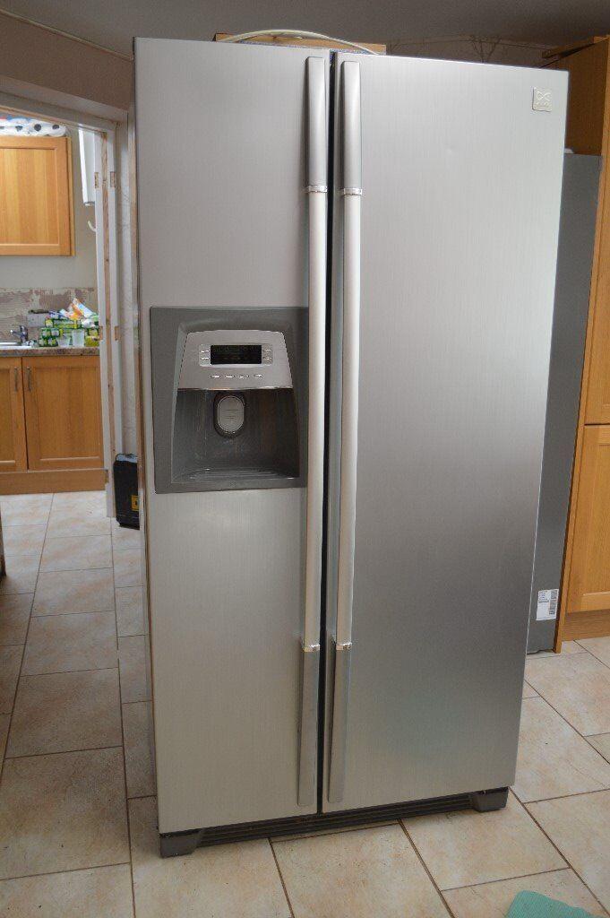 Used American Fridge Freezer with water & ice dispenser - Daewoo FRS