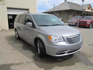 2014 Chrysler Town  Country TOURING   - Bluetooth -  power seats