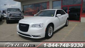 2015 Chrysler 300 Limited LEATHER NAVIGATION HEATED SEATS