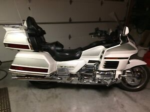 2000 Goldwing. Anniversary edition